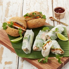 Vietnamese-Chicken-Rice-Paper-Rolls-