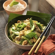 Potato  Cashew Green Curry