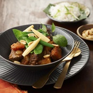 Dry Massaman Beef Curry